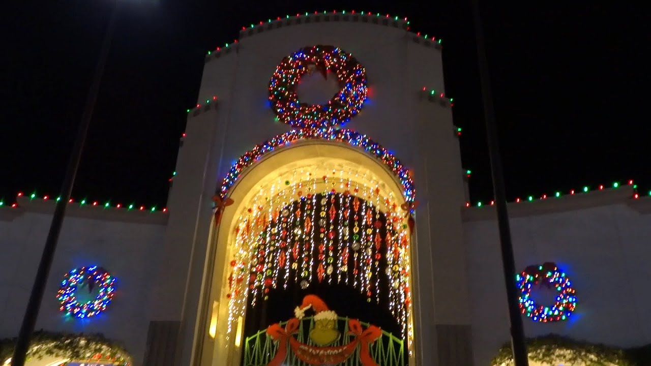 Universal Studios Hollywood Christmas decorations nighttime view ...