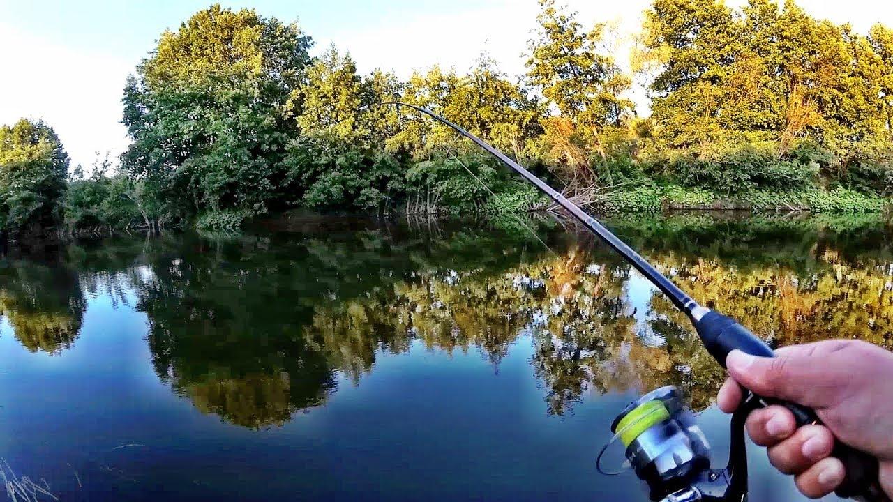 Рыбалка на малой реке, Рыбалка на спиннинг с берега