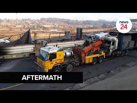 WATCH   N3 in KwaZulu-Natal closed after trucks set alight in Free Zuma protests