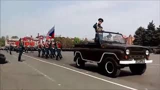 По Театральной площади прошел саратовский парад Победы