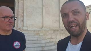 L'accoglienza in piazza Duomo di I Love Italy con Sandro Paffi