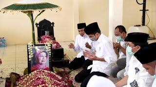 Gambar cover Pemakaman Ibu Sudjiatmi Notomihardjo, Ibunda Presiden RI, Karanganyar, 26 Maret 2020