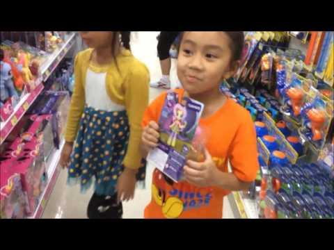 พาทัวร์ของเล่น ร้านทอยอาร์อัส | Toys R us  Harbor Pattaya