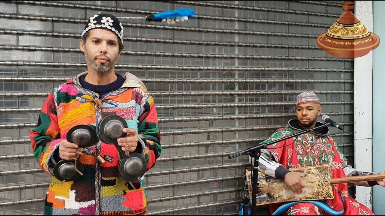 Gnawa Marrakesh London Street Performers Moroccan Music Youtube