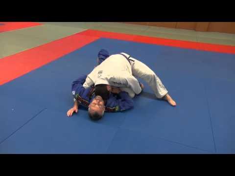 BJJ - Knee slice guard pass (Kill the knee shield)