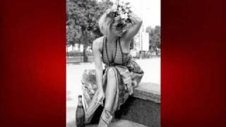Роза Velvet Саронская (Mamba.ru, Июль 2009)