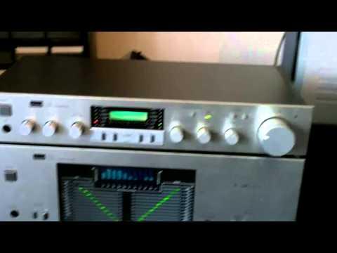Sansui B-77 power amplifier and pre-amplifier C-77