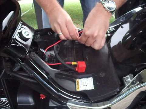 hqdefault suzuki c50 cigarette lighter outlet youtube 2006 suzuki boulevard m50 wiring diagram at couponss.co