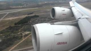 Iberia A340-600 despegando de Madrid