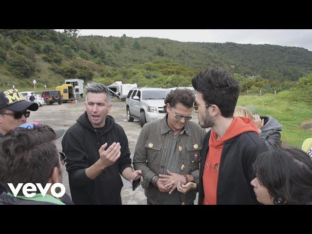 Carlos Vives, Sebastian Yatra - Robarte un Beso (Behind the Scenes)