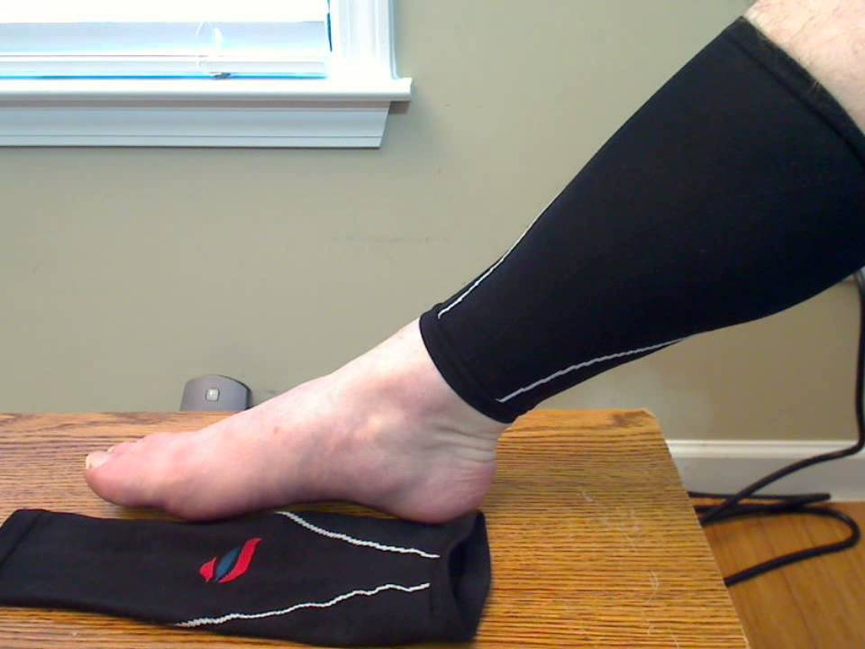 bc612b9abfd486 Run Forever Sports Calf Compression Sleeves - YouTube