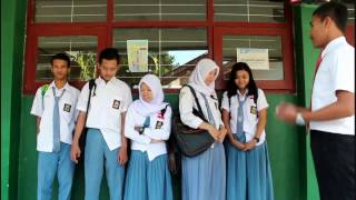 Video Film Pendek Lucu Di Sekolah download MP3, 3GP, MP4, WEBM, AVI, FLV Juli 2018