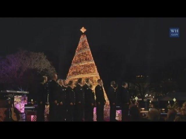 Trump inaugura el árbol nacional de Navidad al ritmo de los Beach Boys