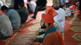 «الآسيويين» يؤدون صلاة عيد الأضحي في مسجد «الأزهر»