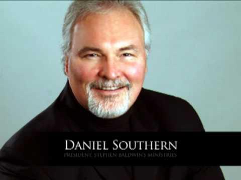 Daniel Southern