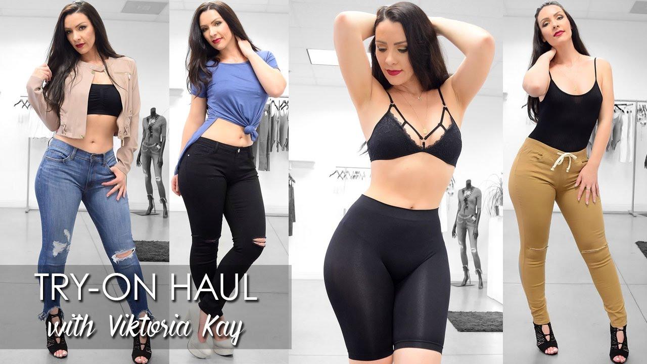 0049754f546d5 Try-on Haul at Iza with Viktoria Kay - YouTube