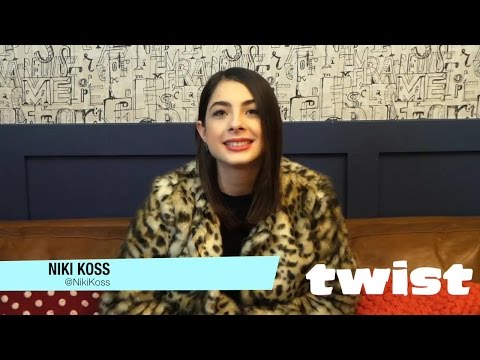"""Niki Koss Dishes On Her """"Famous In Love"""" Character Alexis 