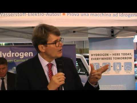 H2moves Scandinavia at Paris Motor Show