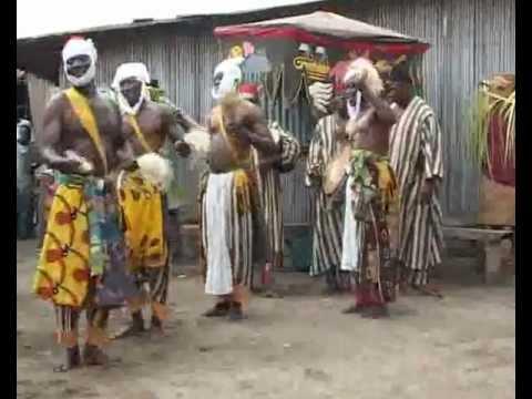 TekeAlibori-Borgou par Troupe Kinikini et djlokoko