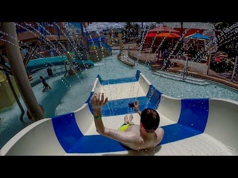 Wet 'n Wild Orlando - Family Slide   Blastaway Beach Area