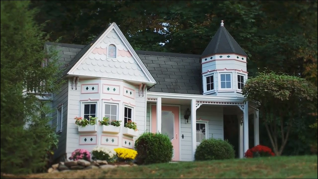 Play Houses That Are Nicer Than My Apartment   Lilliput Play Homes,  MultiViewu0027s Good Company   YouTube