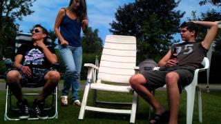 wagenberg saboteerd een stoel