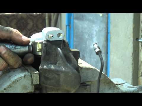 Как заменить передний тормозной цилиндр ВАЗ. смотреть онлайн