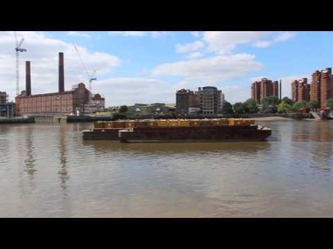 Battersea Riverside Walk - Looking towards Chelsea