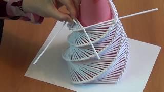как сделать елку из газетных трубочек