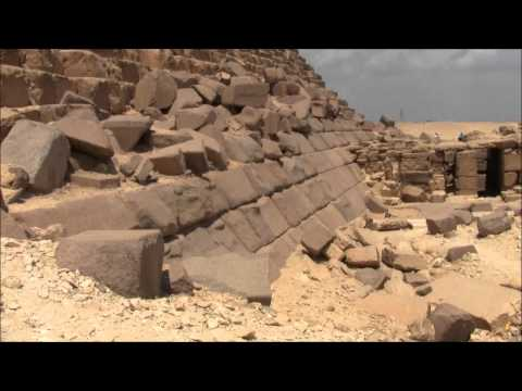 Were The Great Pyramids Of Egypt Destroyed By An Ancient Cataclysm?