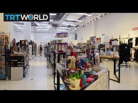 Money Talks: Online Retailers Move Into Offline World