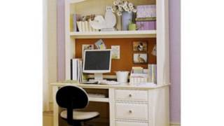 Cottage Computer Desk With Hutch Finish: Creamy White