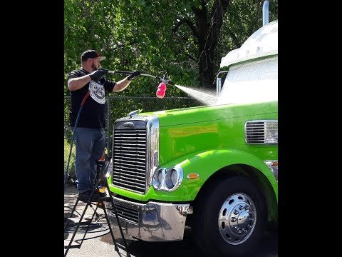 MOBILE AUTO DETAILING A BEHEMOTH OF A TRUCK 2