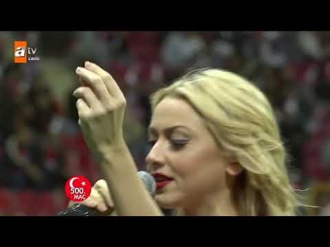 Hadise   500  Milli Maç Türkiye   Danimarka    Düm Tek Tek