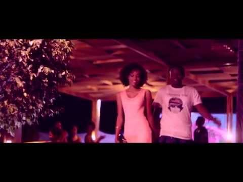 Ghetto Stars - É Bo (Part. Djox) [Official Music Video]