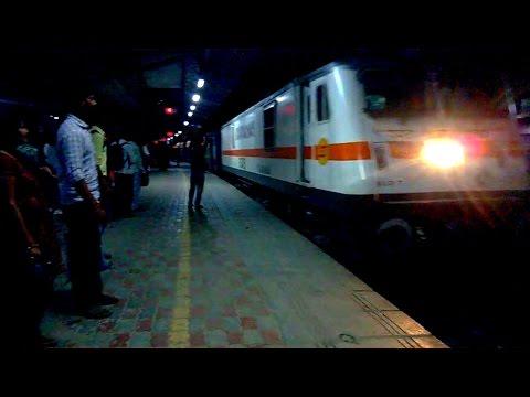 Offlink TKD WAP 7 with Patna Kota Express arriving Sultanpur Jn !!