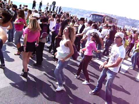 Flash Mob Nazionale Michael Jackson - Napoli - 4 o...