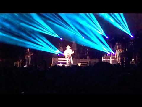 Diamond In My Pocket - Cody Johnson LIVE JQH Arena