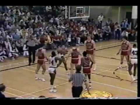Wabash College Little Giants vs Potsdam St.  Bears: 1982 NCAA Div III Nat