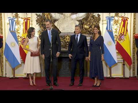 Macri con los reyes de España: Tomamos esta visita como un apoyo a este proceso de cambio