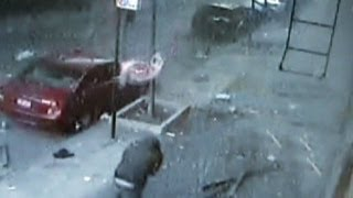 Repeat youtube video Security camera captures East Harlem building explosion