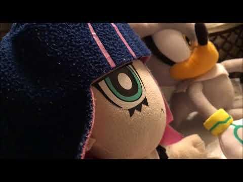 Stocking, Silver and Toon Link react: Sailor Moon [VIZ Media Dub] (80+ Sub Special)