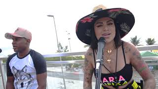 Смотреть клип Mc Marcelly - Favelado No Topo