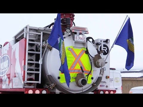 Bonnyville truckers and Yellow Vests rally for Alberta oil  | Sheila Gunn Reid