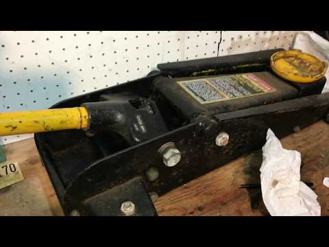 Adding Hydraulic Oil to a Craftsman Professional 3 1/2 Ton Floor Jack