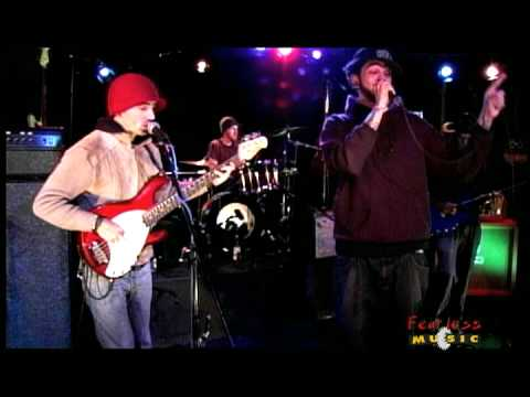 Gym Class Heroes - Taxi Driver - Live on Fearless Music
