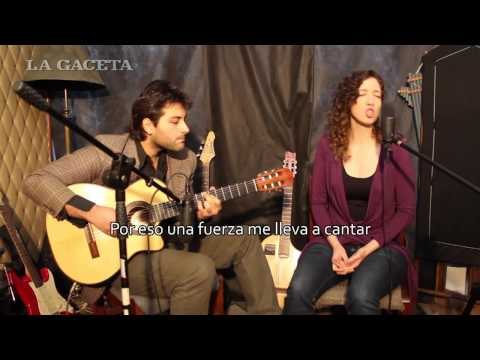 Timna Comedi, canto, y Darío Acosta Teich, guitarra Travel Video