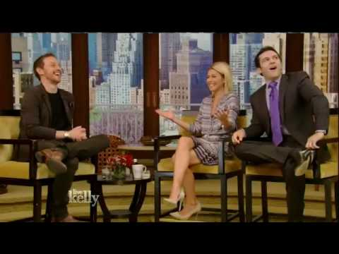 James McAvoy interview Live! With Kelly co-host Fred Savage 05&24&16 (May 24, 2016)