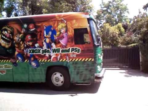video game bus.3gp
