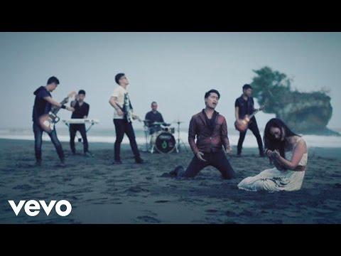 Hijau Daun - Titip Hatiku (Video Clip)